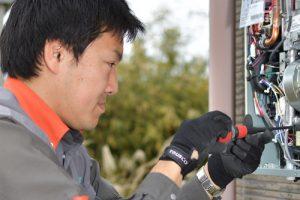 ガス設備の設置作業